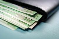 Le SMIC va-t-il augmenter de 2 % au 1er août 2011 ?